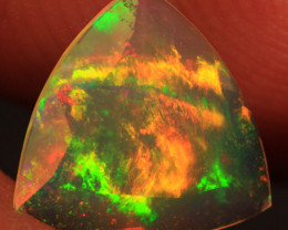 0.72 CT Broadflash Pattern!! Welo Ethiopian Faceted Opal-CF286