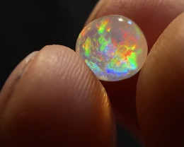 (specimen) 2.075ct Mexican Crystal Opal (OM)