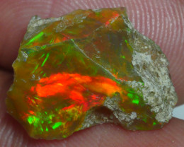 4.670 CRT WELO OPAL ROUGH MULTICOLOR ETHIOPIAN OPAL-