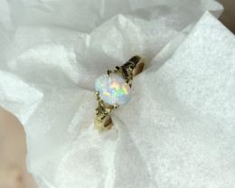 Opal ring 18ct  yellow gold
