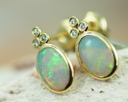 Cute Crystal  Opal set in 14k Yellow Gold Earring CK 502