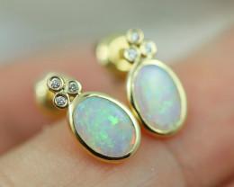 Cute Crystal  Opal set in 14k Yellow Gold Earring CK 517