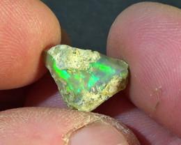 5.10 cts Ethiopian Welo CHAFF rough opal N7 4,5/5