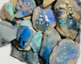 Big & Bright Rough Seam Opals with a Good Potential to Cut & Carve