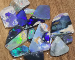 186..4  CARATS  CUTTERS BLACK OPAL ROUGH