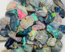 Tray of Colours** Adorable Opal Chips, 70 CTs #1647