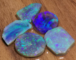 HIGH SATURATION OF BLUE & TEAL COLOURS 70.9 CARATS BLACK OPAL ROUGH SELECTI