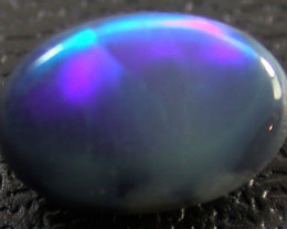 BLACK    OPAL ROLING GREEN FLASH .50  CARATS   QO 2281
