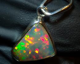 10ct Ethiopian Wello Opal Pendant Natural .925 Silver