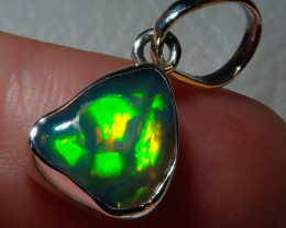 8.5ct Natural Ethiopian Welo Opal .925 Sterling Silver