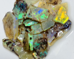 25 CTs of Bright Little  Multicolour Crystal Rough Seams#480