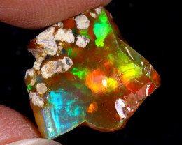 5cts Natural Ethiopian Welo Rough Opal / WR8715