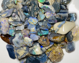 210 CTs of Bright Rough Nobby Opals With Cutters#665