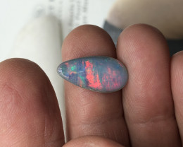 Opal doublet red colours