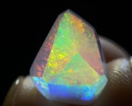 7.265ct Mexican Crystal/Contraluz Opal (OM)