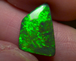 4.7cts Lightning Ridge Top Gem Black Opal extremely bright Electric fire