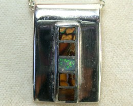 BOULDER OPAL INLAY PENDANT 3.45 CTS SCA1109