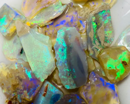 Bright Clean Crystal Rough Seam Opals to cut Small Stones
