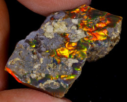 14cts Natural Ethiopian Welo Rough Opal / WR9720
