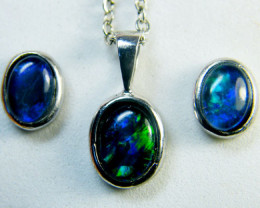 TRIPLET OPAL EARRINGS & PENDANT SET EN587