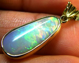 BEAUTIFUL CRYSTAL OPAL 18K GOLD PENDANT 4.7 CTS SCA1691