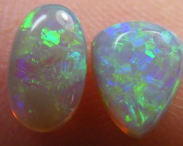 PAIR BEAUTIFUL FIRERY  OPALS 1.05 CTS QO 3024