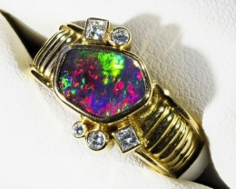 GEM BOULDER  OPAL 18K GOLD RING SIZE 7 N 5 DIAMONDS A847