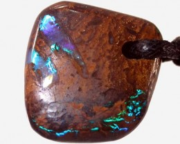 KOROIT PENDANT -WELL POLISHED 19CTS [BMP649 ]