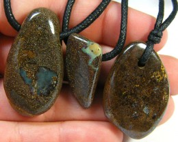 THREE (3 )NATURAL PENDANTS SOURCED KOROIT    OM 1543