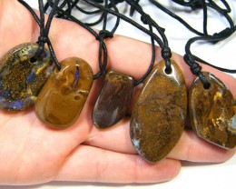 FIVE (5)NATURAL PENDANTS SOURCED KOROIT    OM 1556