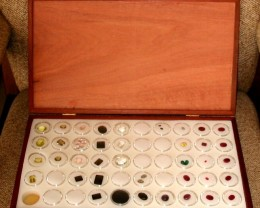 Jarrah Opal & Gemstone Display Case with 50 Gem Jars (JSl-50