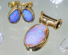 RED FLASH BOULDER OPAL JEWELLERY SET 18K GOLD 7.3 CT SCA1946