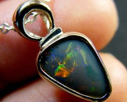 SUNSET FLASH  OPAL     18K WHITE  GOLD  PENDANT   SCA 2081