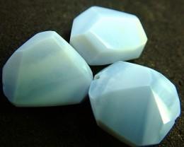 BLUE OREGON OPAL BEAD  13.35 CTS [VS2160 ]