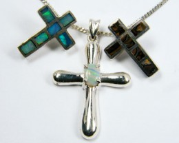 TRADE  DEAL THREE SILVER CROSS  PENDNATS  SCA 2467