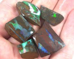 PARCEL GREEN FIRE ROUGH BOULDER OPAL 90 CTS GR1027