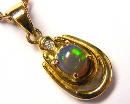 BEAUTIFUL GREEN FLASH BLACK OPAL 18K GOLD PENDANT SCO258