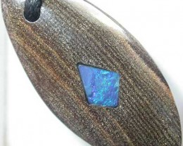 BOULDER OPAL WITH FIREY INLAY  [MP19]  39.00   CTS