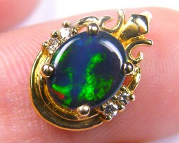 DEEP GREEN FIERY FLASH SOLID BLACK OPAL E PENDANT SCO339