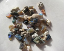 127ct Lightning Ridge rough parcel Blue Purple Green AP6