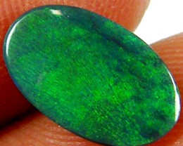 FIRE ELECTRIC GREEN   OPAL  1.10 CARATS  JO 969