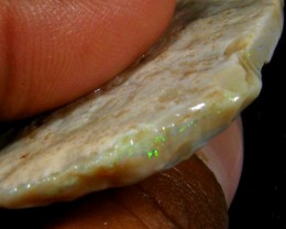 VIRGIN OPAL ROUGH  48  CTS JO 992