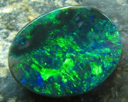 .75 CT BLACK OPAL SOLID ELECTRIC GREEN FIREY STONE A1965