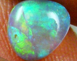 GREEN FIRE CRYSTAL OPAL 0.65 CTS  FOA 811