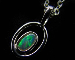 BEAUTIFUL CRYSTAL  OPAL 18K  WHITE GOLD PENDANT CJ 479