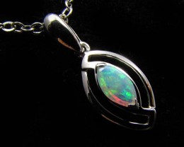 BEAUTIFUL CRYSTAL  OPAL 18K  WHITE GOLD PENDANT CJ 491
