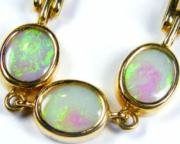 THREE BRIGHT OPALS IN 18 K GOLD HEART LOCK BRACELET  CJ 1066