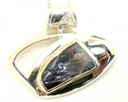 BEAUTIFUL NATURAL BOULDER OPAL  SILVER PENDANT L2523