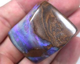 VIDEO BOULDER OPAL GREAT COLOUR THROUGH STONE 251CT GR1342