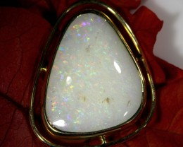 Coober Pedy White Opal Shell 18K Gold Pendant SCO58